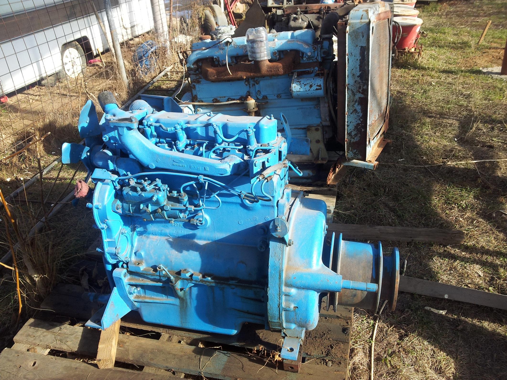 Motor perkins 4236 combina sau tractor
