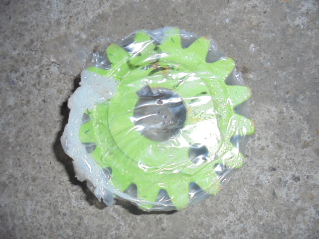 Pinion 16 dinti NOU Claas Markant, Constant